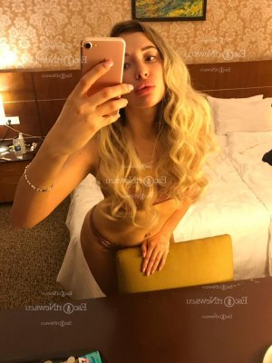 Viktoria live escort in Charleston